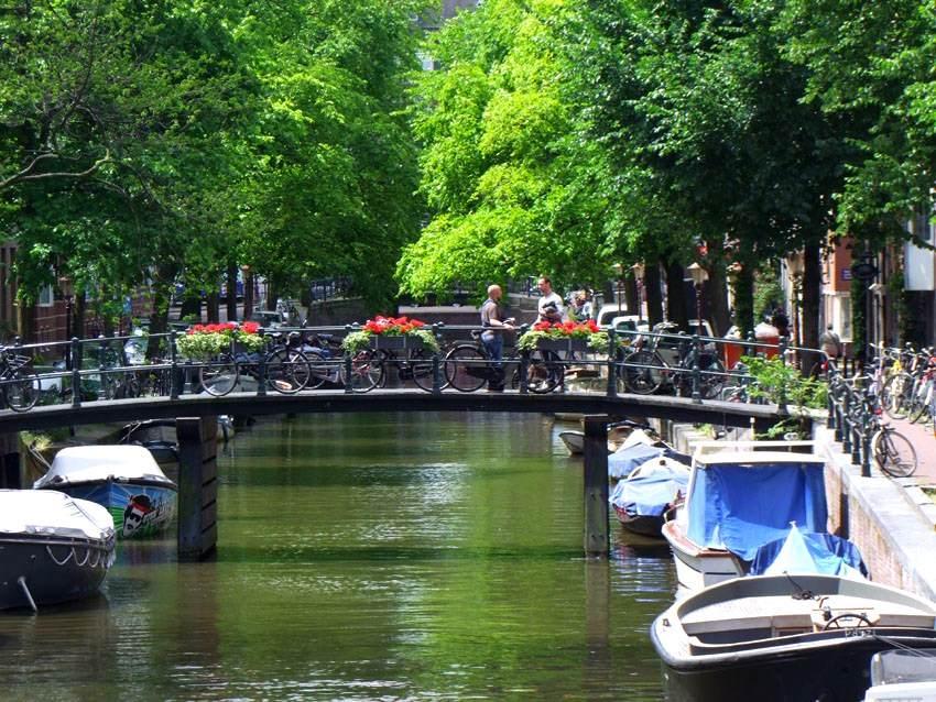 Povratne avio karte do Amsterdama iz Beograda za 78 eur