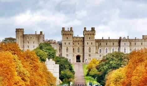 Engleska slavi godišnjicu krunisanja Elizabete II