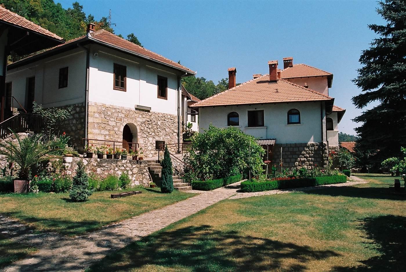 Preporuka za aktivni vikend u prirodi: manastiri Ovčarsko-kablarske klisure