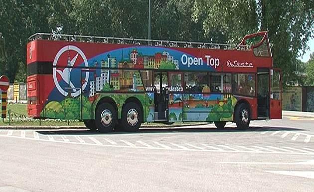 Od 1.jula u Novom Sadu startuje panoramski autobus