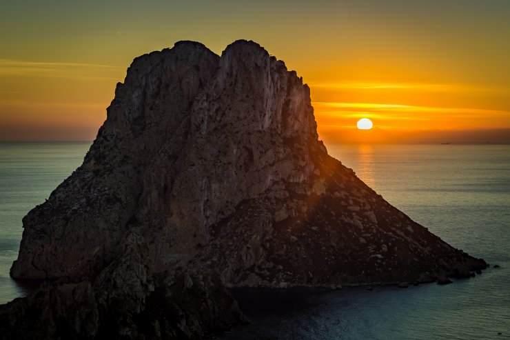 Jedno od sunčanih Balearskih ostrva – Ibica