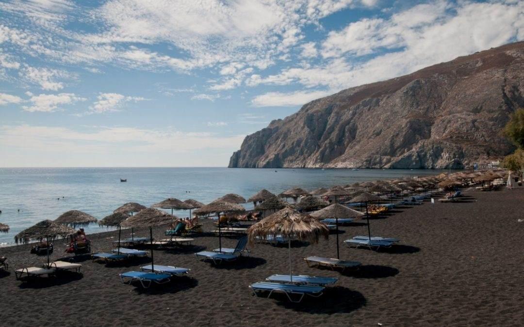 10 najlepših plaža sa crnim peskom