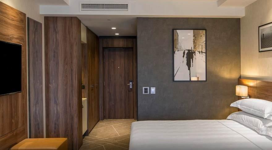 Otvoren hotel Šeraton u Novom Sadu