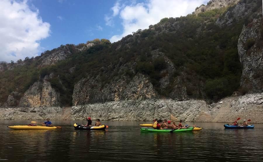 Vožnja kajacima po jezeru Uvac